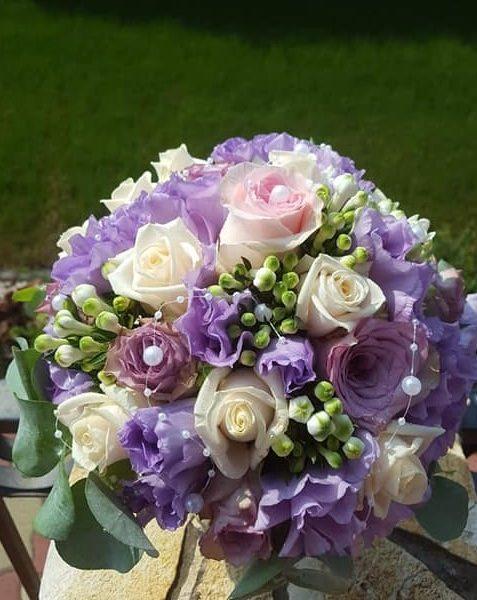 Dizájn Esküvődekoráció és Virágkötészet